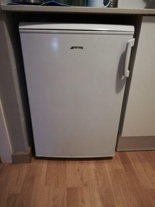 Congelador pequeño SMEG
