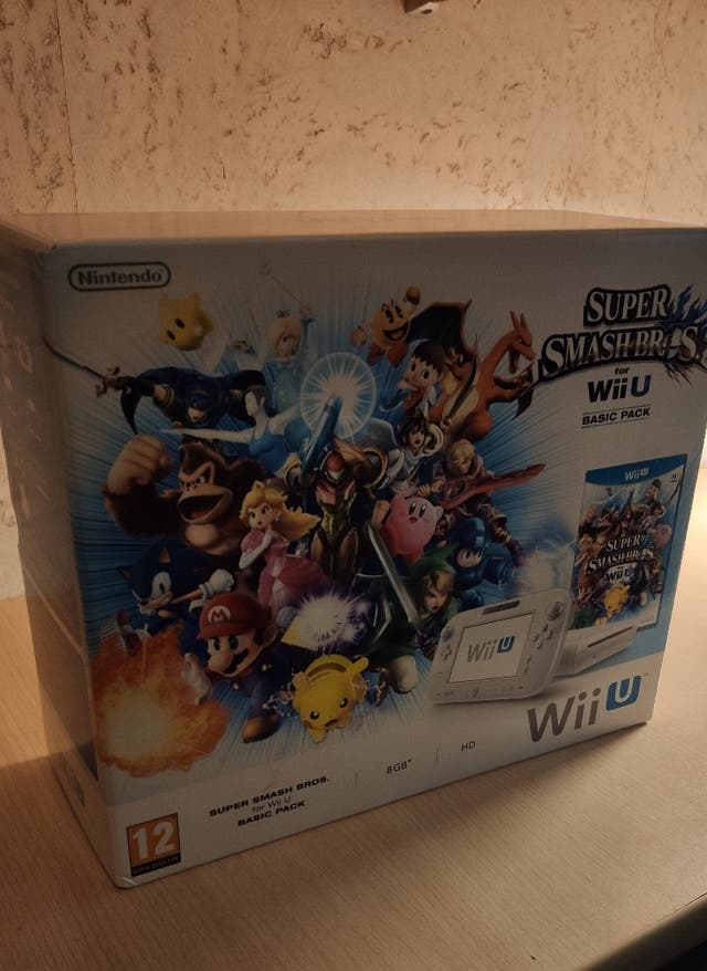 Wii U Basic Pack 8Gb Super Smash Bros