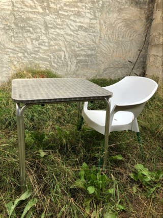 Mesa Para Terraza Plástico De Segunda Mano En Wallapop