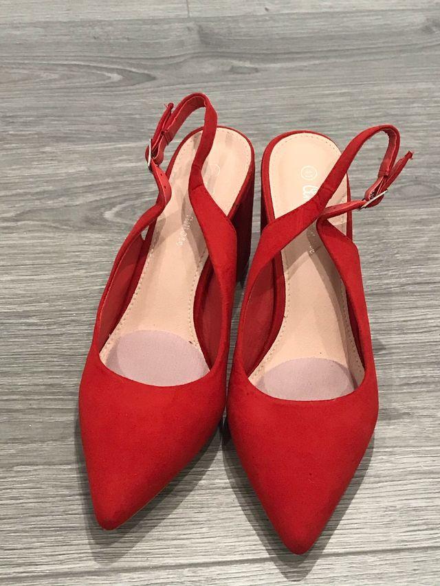 Zapatos de tacon rojos