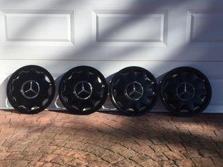 "4 Tapacubos de Mercedes para llanta de 15"""