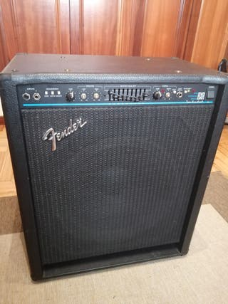 Amplificador Bajo Fender BXR 200 Two Hundred
