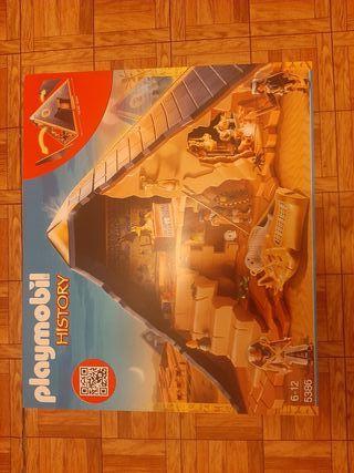 playmobil pirámide del faraón PRECINTADO