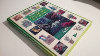 El libro de oro de las plantas y los jardines