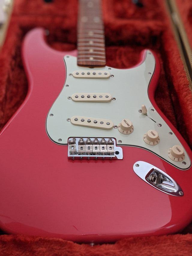 Fender Stratocaster Classic 60s Nitrocelulosa