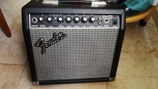 Amplificador Fender Frontman 15R