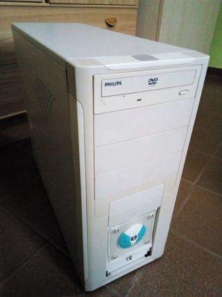 torre de ordenador pc intel asus 2.40ghz