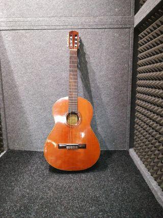 guitarra clasica Alhambra