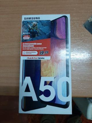 cambio cámara Nikon sin cargador + movil Samsung A
