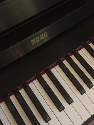 Piano KORG Concert 5500