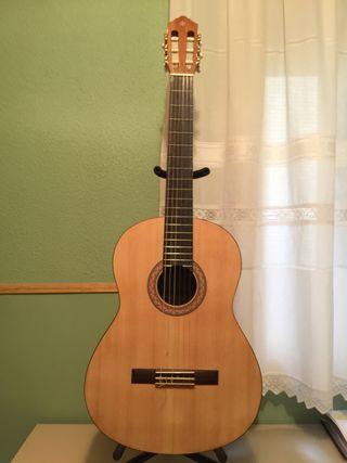 Guitarra clásica Yamaha C40M