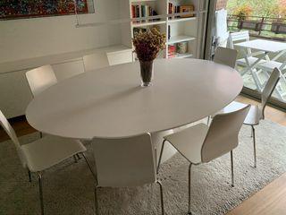 8 sillas de IKEA blancas