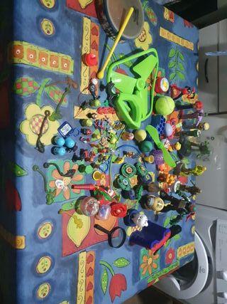 90 juguetes