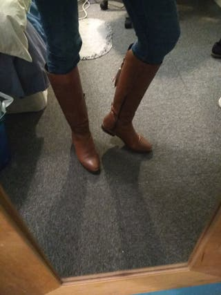 Brown/Camel boots