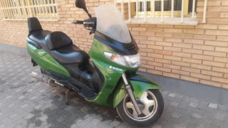 Suzuki burgma250