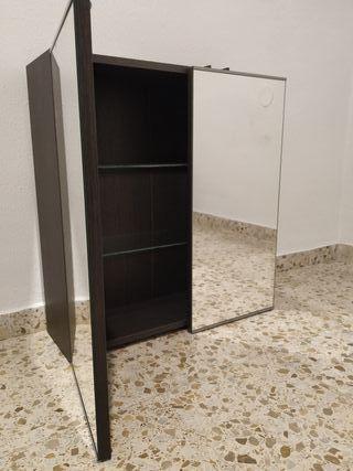 Armario para baño con espejo (IKEA).