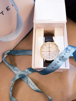 Reloj Luxenter nuevo