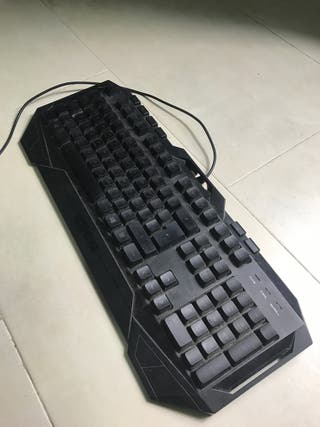 Teclado Gaming Krom Luces