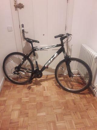 bicicleta marca BH de aluminio talla adulto