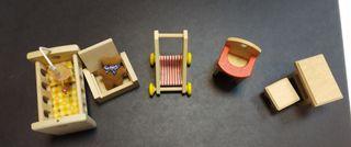 Accesorios para muñecos plan toys de madera