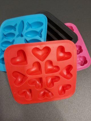4 moldes de cubitos de hielo