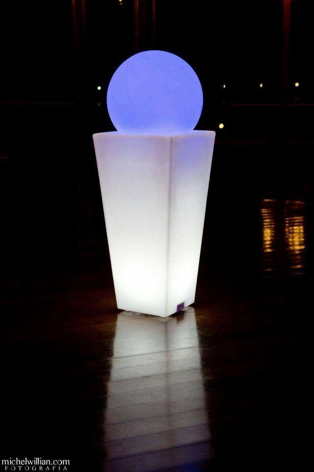 Muebles en polietileno luz rgb