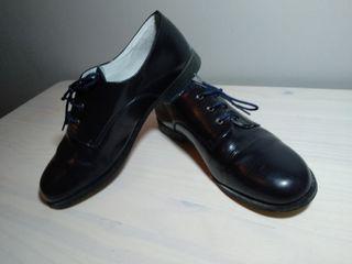 Zapatos de vestir niño (talla 37)