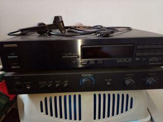Amplificador Rotel RA01 y receptor radio Onkyo T-4