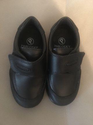 Zapato colegial pablosky talla 24