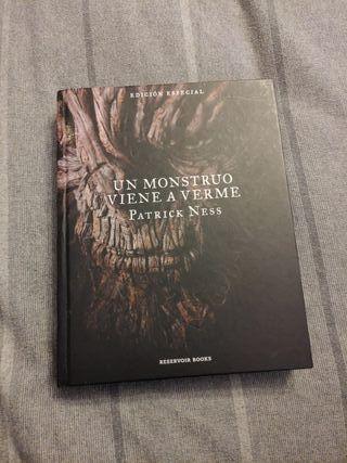 Un monstruo viene a verme Edicion Especial