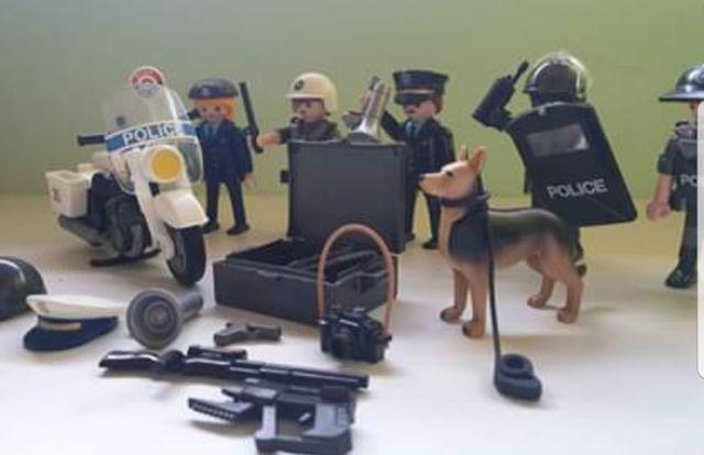 Playmobil policía. Lean bien la descripción