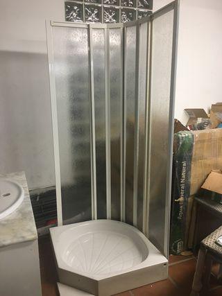Plato de ducha y mampara de 75 cm