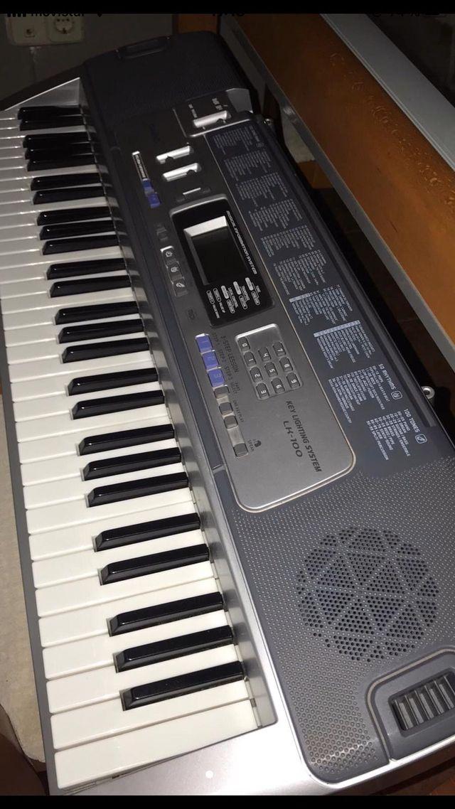 TECLADO PIANO CASIO