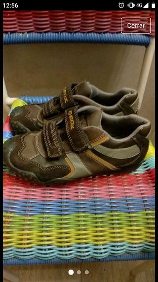 zapatillas / zapatos niño talla 34