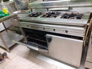 Cocina industrial 3 fuegos con horno