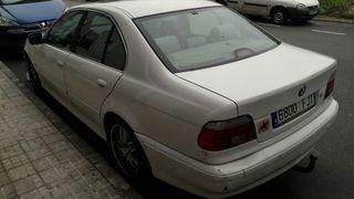 BMW Serie 530d 193 cv atiendo guasap al 643404974