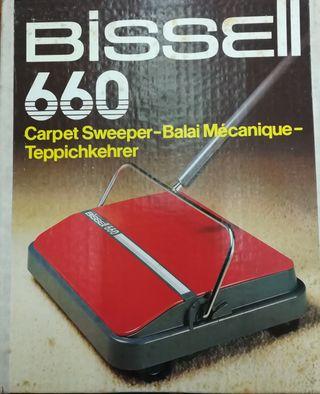 Limpiador de alfombras. BISSEL 660