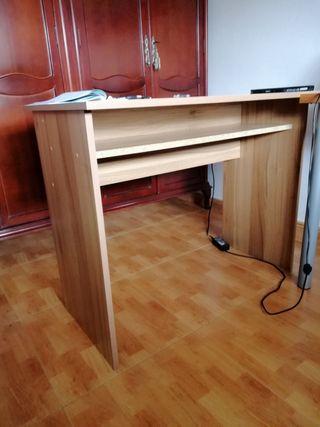 Mesa escritorio.