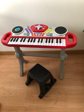 Piano electrónico de juguete