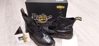 Vendo botas Dr Martens negras T. 44