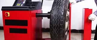 Equilibradora ruedas camion autobus industrial 22