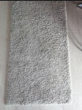 2 alfombras pie de cama