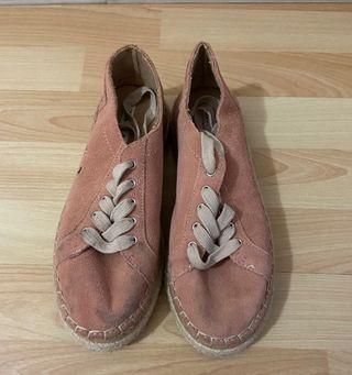 Zapatillas casual.
