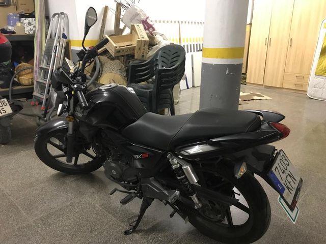 Moto Keeway RKS 125