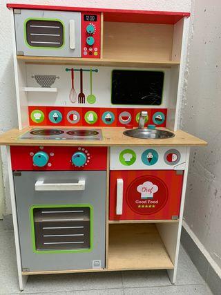 Cocinita de juguete madera Eurekakids