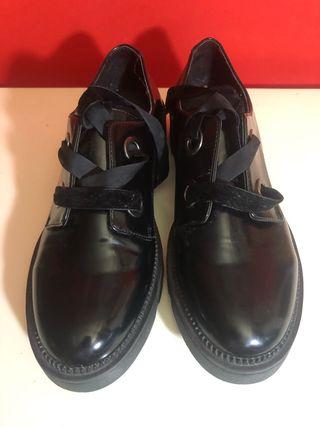 Zapato charol retro