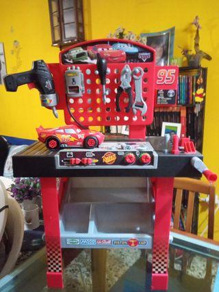 Taller mecánico Rayo McQueen-Cars (Pixar)