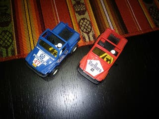 dos coches sts de Scalextric
