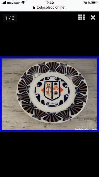 Plato de porcelana de Sargadelos