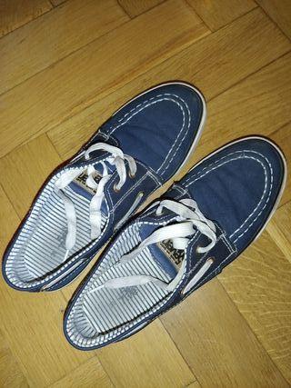 Zapatos de vestir niño. Número 38